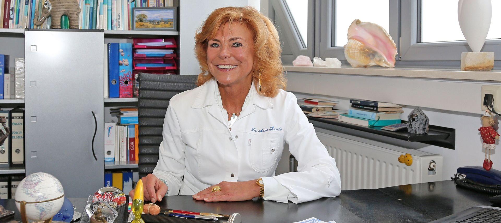 Arztpraxis Dr. med. Konle auf Sylt, Badeärztin & Chirotherapie