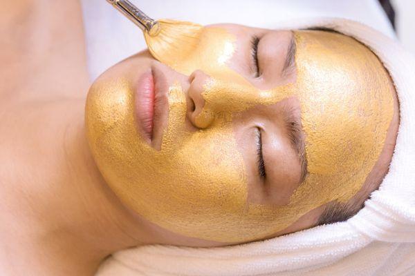 Pure Gold Behandlung im Syltness Center